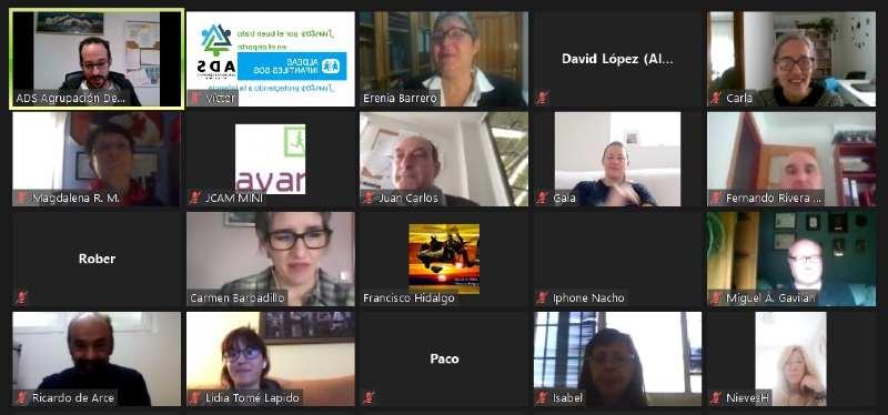 Éxito de participación en el encuentro formativo Deporte vs COVID
